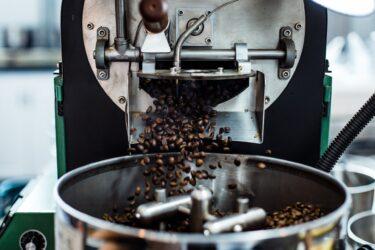 おいしいコーヒーは「焙煎」で選べ!味の決め手となる2つのポイントとは?