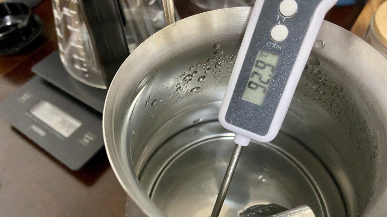 温度 コーヒー コーヒーを淹れる温度で味は激的に変化!温度調節にこだわれば適温がみつかる!